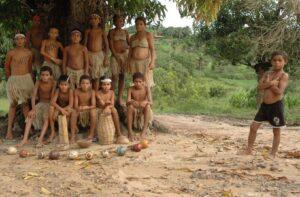 The Traditional Brazilian Family KATU, de Rodrigo Sena – Intervenção! (2020)